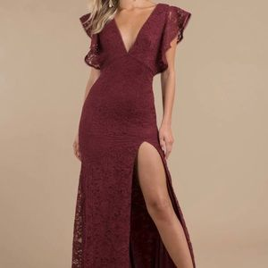 Long Dress w/ slit. Wine colored. Size Small.